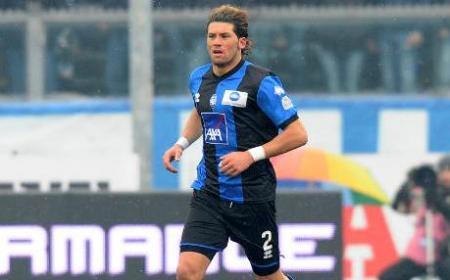 Db Bergamo 12/02/2012 - campionato di calcio serie A / Atalanta-Lecce / foto Daniele Buffa/Image Sport nella foto: Guglielmo Stendardo