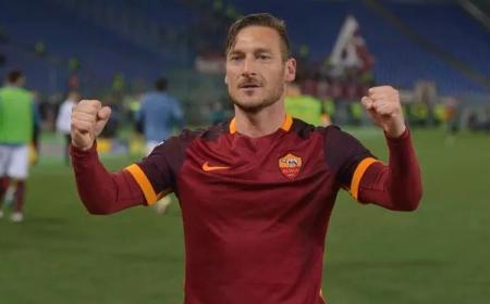Totti ufficiale Roma new
