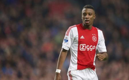 Riechedly Bazoer of Ajax during the Dutch Eredivisie match between Ajax Amsterdam and De Graafschap at the Amsterdam Arena on December 20, 2015 in Amsterdam, The Netherlands(Photo by VI Images via Getty Images)