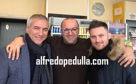 Agostinone post firma Alfredo