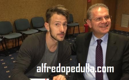 Floro Flores firma Bari