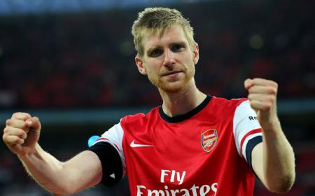 Mertesacker Daily Star