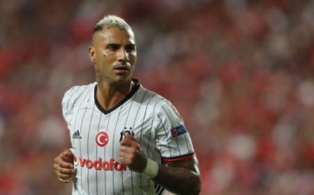 LISBON, PORTUGAL - SEPTEMBER 13:  Besiktas JK's forward Ricardo Quaresma from Portugal during the UEFA Champions League Match between SL Benfica vs Besiktas JK at Estadio da Luz on September 13, 2016 in Lisbon, Portugal.  (Photo by Carlos Rodrigues/Getty Images)