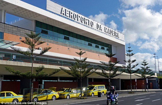 Aeroporto Cristiano Ronaldo : Portogallo l isola di madeira intitola aeroporto a
