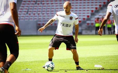 Sneijder training Foto Nizza Twitter