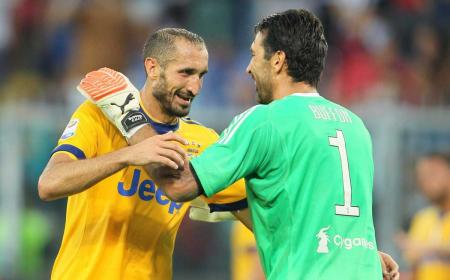 Chiellini e Buffon 17-18 Juventus Twitter