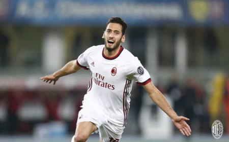 Calhanoglu gol vs Chievo Foto Milan Twitter