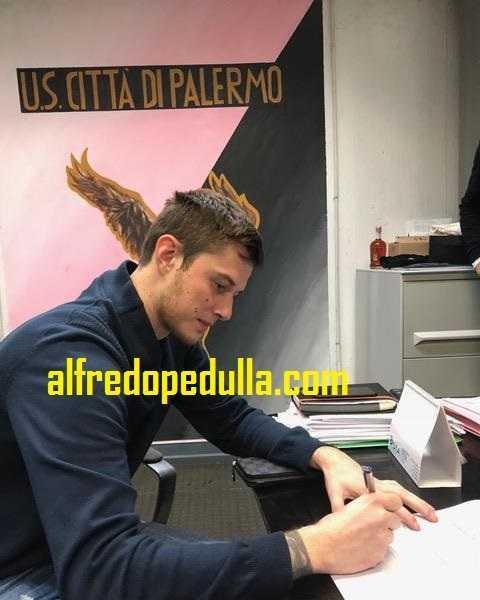 Fiore Corentin firma Palermo