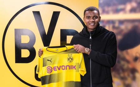 Akanji Twitter Borussia Dortmund