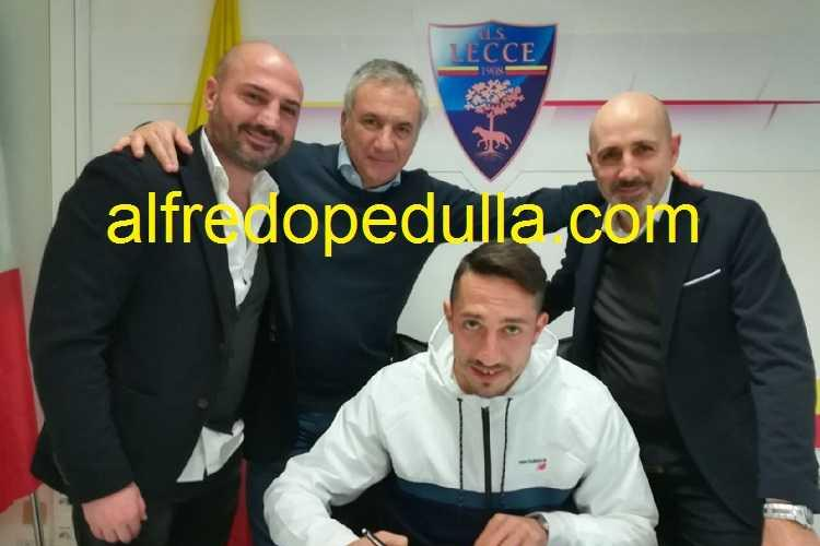 Saraniti Lecce firma