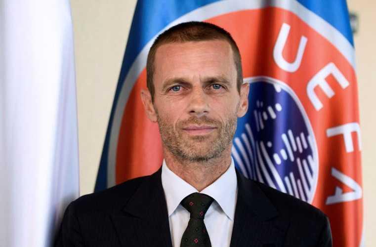 Slovenian Aleksander Ceferin, newly elected president of UEFA, addresses journalists during a press conference in Brdo Castle near Kranj on September 16, 2016. / AFP PHOTO / Jure MAKOVEC