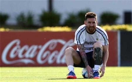 Messi training Argentina Foto ojogo