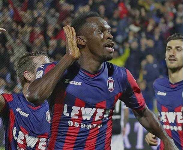 Simy esultanza gol Juve Foto Crotone Facebook