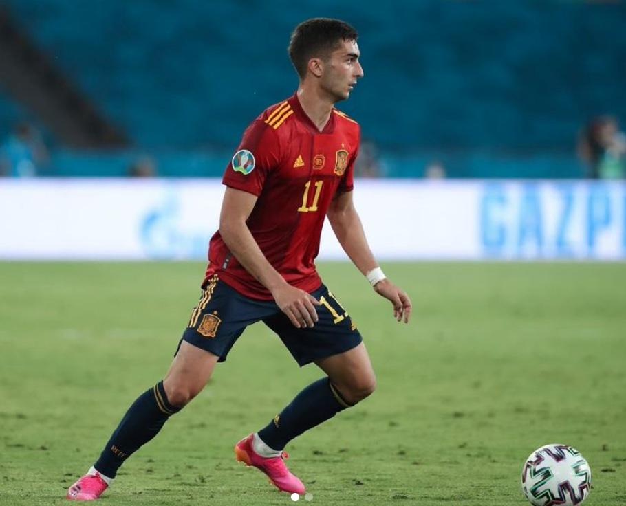 Manchester City, frattura al piede destro per Ferran Torres: le ultime